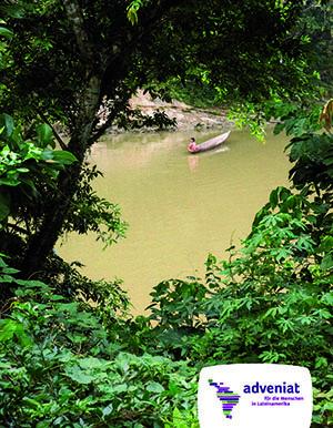 Einbaum auf dem Rio Bobonaza