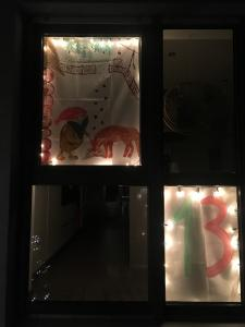 Meindorfer Adventsfenster 13 - Tomte und der Fuchs